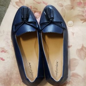 Womens Shoes/loafers